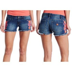 {29} Roxy Embroidered Raw Hem Dark Denim Shorts